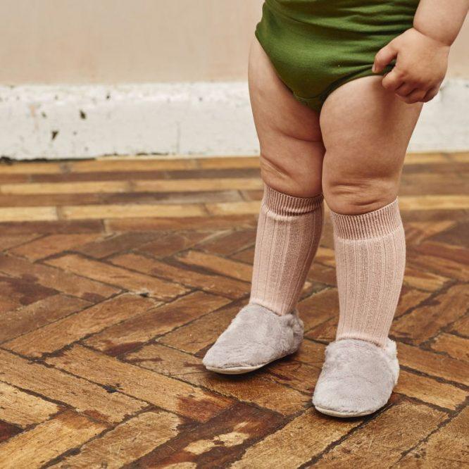 Poco Nido zapatos veganos flexibles y súper suaves en gris