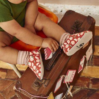 Poco Nido zapatos flexibles con estampados de melocotones - primeros pasos