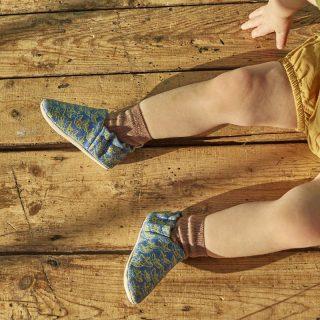 Poco Nido - Zapatos flexibles estampado Barquitos de papel