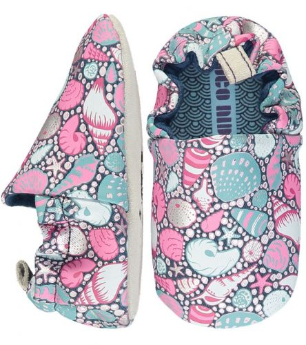 Poco Nido -Zapatos flexibles estampados con conchas marinas