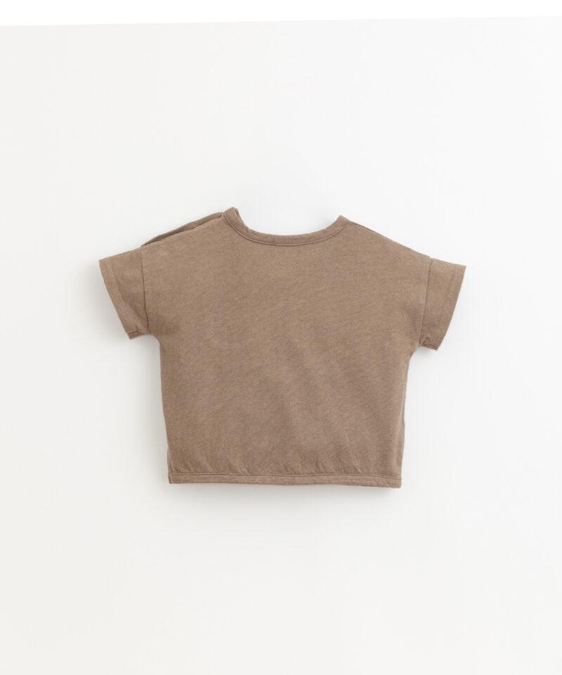 Camiseta de algodón y lino de Play Up en color visón - detrás