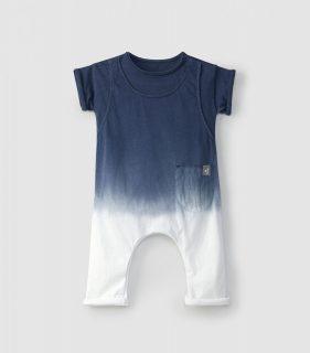 Mono de bebé con efecto tye dye de la marca Snug