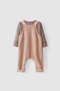 Peto con camiseta para bebé de Snug - detrás
