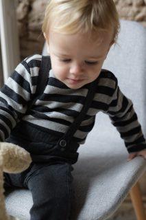 Jersey de rayas para bebé de Petit Indi - lifestyle