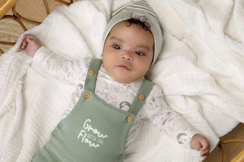 Peto de algodón orgánico para bebé - lifestyle