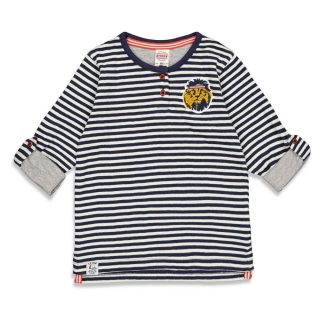 camiseta de rayas de niño